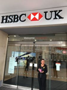 hsbc pop up shop - fabulous pink gin